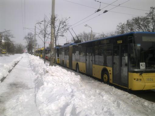 Тролейбуси не ходили. Фото kp.ua