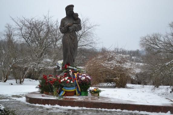 Пам'ятник матері Т.Г. Шевченка (с. Моринці)