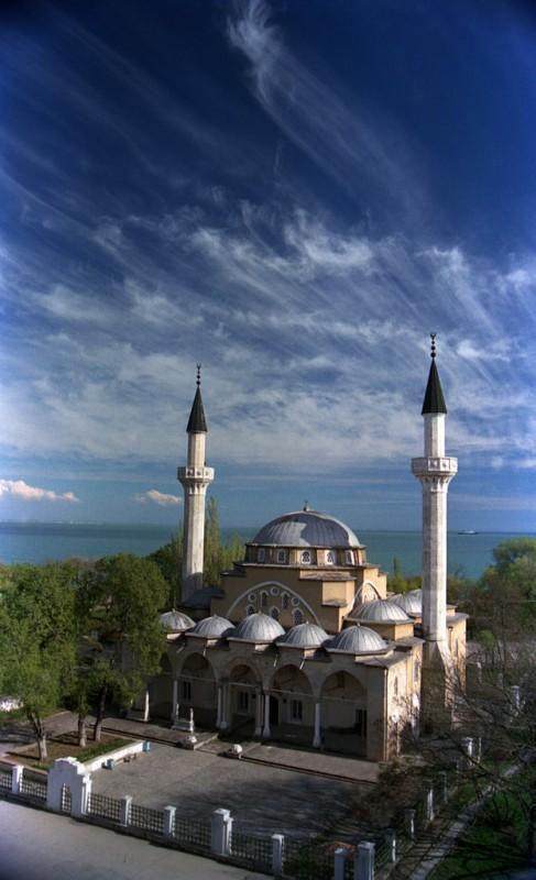 Мечеть Джума-Джамі (Євпаторія). Автор — Євген та Ольга Махоньки