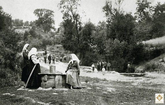 Г.П.Шевченко. Коло криниці. Черкащина, Звенигородський р-н, с.Керелівка. 1907-1908 рр